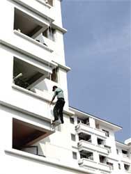 Lợi ích của thang dây chữa cháy khi xảy ra cháy