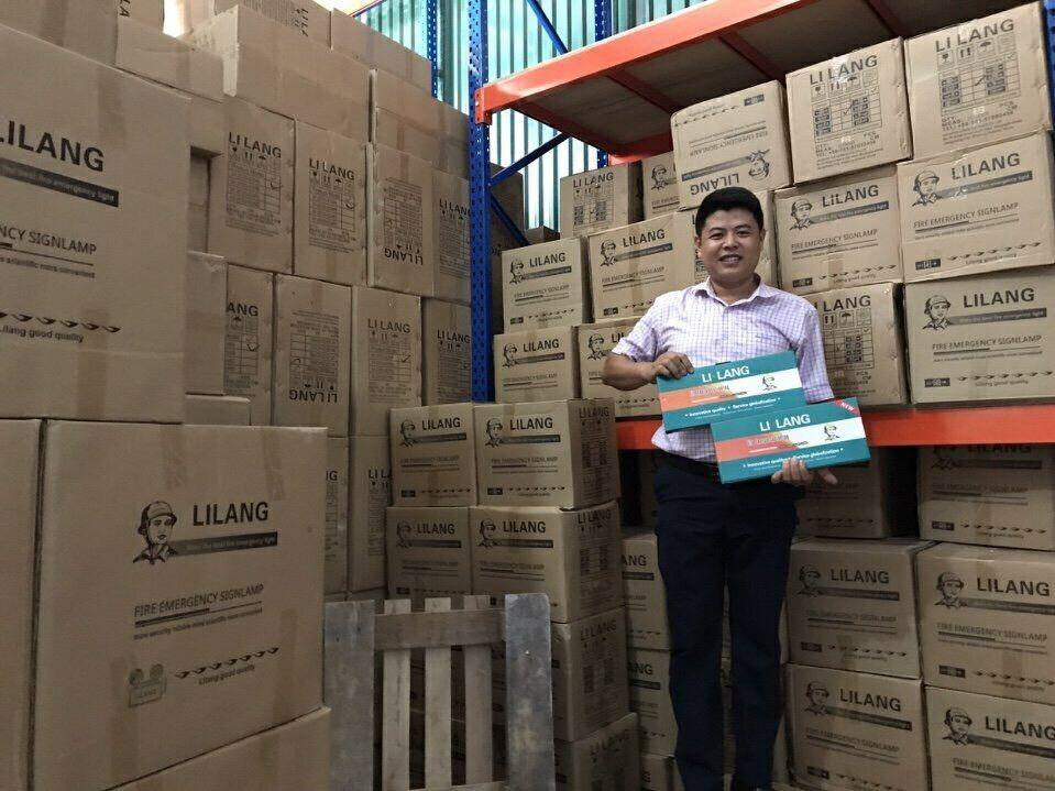 Đèn Lilang được nhập khẩu phân phối độc quyền tại thị trường Việt Nam bởi HTH